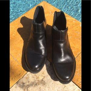 Born Women's Black Ankle Boots